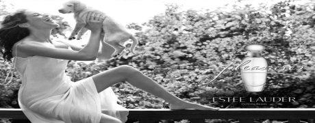 """Non mi piace il confronto odori. Tuttavia, ci sono casi in cui somiglianza è evidente e si deve chiamare le cose col loro nome. Desiderio è in un certo senso una copia del profumo Angelo Thiery'ego Mugler. Dico """"in un certo senso"""", perché il tempo che mi sento come l'intero disegno è completo e colori di vernice nella volontà in modo diverso rispetto Angel. Molte persone descrivono come Angelo zucchero bomba, miele estasi, peccaminosamente dolce profumo con il profumo di zucchero filato. Come słodziaków ventilatore non sono così felice. Perché? Perché per me, il profumo non ha odore dolce. Immagino che qualcun altro può essere più dolce, ma per me, Angelo non è mai stato e non ci sarà VIP appartenenza (a meno che qualche riformulazione gli farà del male). E 'diverso nel caso di Wish."""